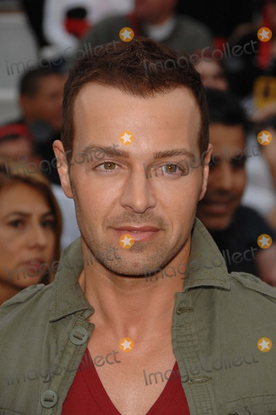 Joey Lawrence, Walt Disney Photo - Joey Lawrence During the Premiere of the New Movie From Walt Disney Pictures Pirates of the Caribbean: on Stranger Tides, Held at Disneyland, on May 7, 2011, in Anaheim, california.