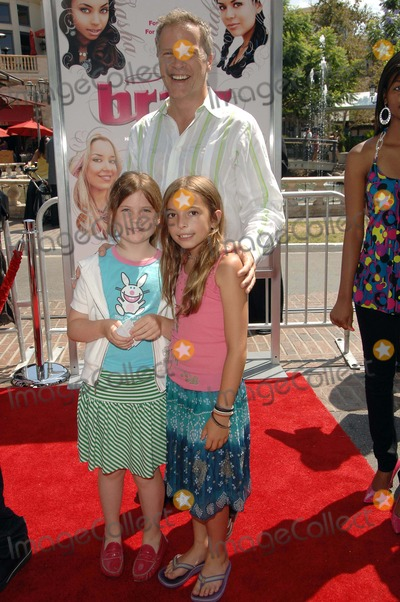 Bill Dwyer Photo - Los Angeles Premiere of Bratz Held at Pacific Theaters at the Grove,west Hollywood Ca.7-29-07 Photo:david Longendyke-Globe Photos Inc.2007 Image: Bill Dwyer