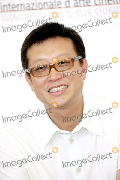"Andrew Lau Photo - Andrew Lau ( Director ) Photocall "" Initial D "" 62. Venice Film Fest Palazzo Del Casino, Venice, Italy 9-2-2005 Photo By:alec Michael-Globe Photos Inc 2005"