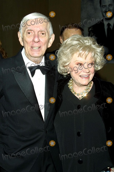 """Aaron Spelling, Army Archerd, Phyllis Diller, Hüsker Dü Photo - Sd0426 """"Army Archerd's 50th Year at Daily Variety"""" Beverly Hitlon Hotel. Beverly Hills, CA. Aaron Spelling & Phyllis Diller Photo: Tom Rodriguez / Globe Photos Inc. (c)"""