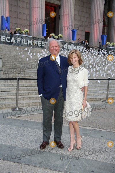 Graydon Carter, Supremes, Anna Scott, Supreme Court Photo - The Vanity Fair Party to Celebrate the 2013 Tribeca Film Festival New York State Supreme Court Building, NYC April 16. 2013 Photos by Sonia Moskowitz, Globe Photos Inc 2013 Graydon Carter and Wife Anna Scott