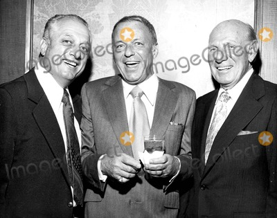 Frank Sinatra, Tommy Lasorda Photo - Frank Sinatra with Tommy Lasorda and Leo Durocher Photo by Nate Cutler-Globe Photos, Inc.
