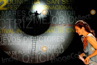 Aitana Sanchez, Aitana Sanchez-Gijon Photo - Festival DE Cine DE San Sebastian 2004 Aitana Sanchez Gijon Photo:yudania Rei/aci/Globe Photos Inc 2004