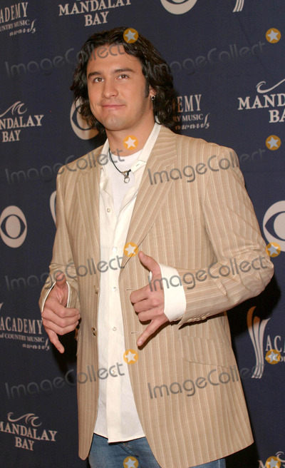 Joe Nichols, Joe Corré Photo - Joe Nichols - 39th Annual Academy of Country Music Awards - Mandalay Bay Resort & Casino, Las Vegas, NV - 05/26/2004 - Photo by Nina Prommer/Globe Photos Inc2004