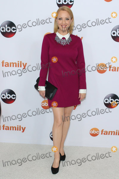 Wendi McLendon Covey, Wendi McLendon-Covey, Wendy McLendon-Covey Photo - Wendi Mclendon-covey attends Disney Abc Television Group's 2015 Tca Summer Press Tour on August 4th, 2015. at Tthe Beverly Hilton Hotel in Beverly Hills,california.usa. Photo:leopold/Globephotos