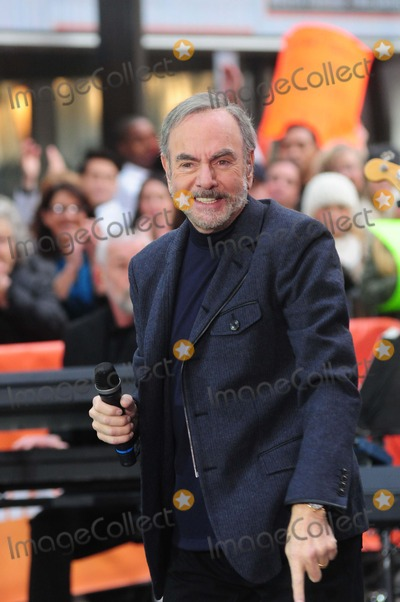 Neil Diamond Photo - Neil Diamond Rockefeller Center, NY. 10-20-2014 Photo by - Ken Babolcsay Ipol/Globe Photo