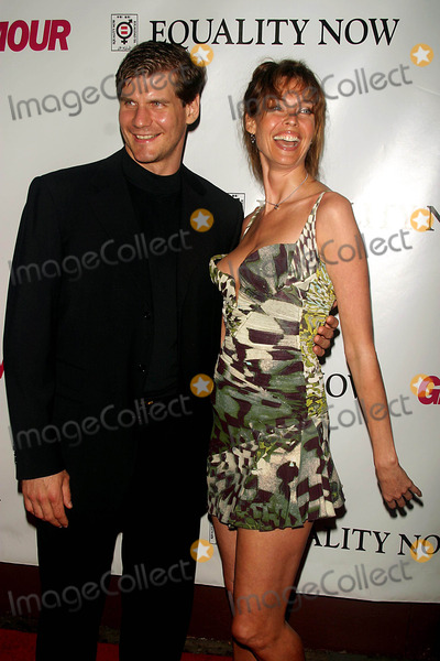 Alexi Yashin, Carol Alt Photo - Glamour Party to Benefit, Equality Now. Plaid, 76 East 12th Street,new York City. Photo:john Barrett / Globe Photos Inc 2003 Alexi Yashin and Carol Alt 09/08/