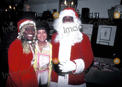Barry White Photo - Barry White and Wife Glodean, Mrs. S.r. Robinson R8793c Photo by Globe Photos Inc