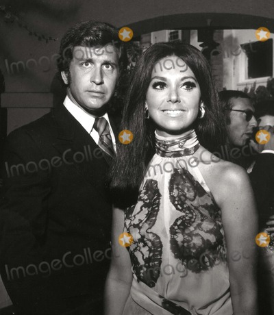Marlo Thomas Photo - Ted Bessell and Marlo Thomas Photo: Nate Cutler/Globe Photos Inc