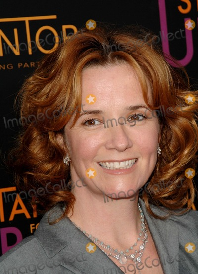 Lea Thompson Photo - Stand Up For Mentoring, at the Kodak Theater Hollywood, CA. 04-27-2005 Photo by Fitzroy Barrett/Globe Photos Inc. 2005 Lea Thompson