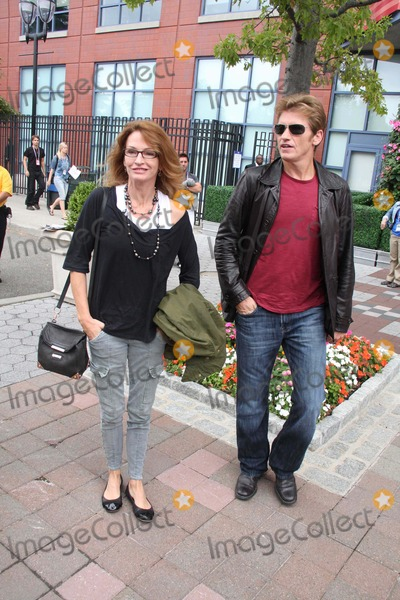 Ann Lembeck, Denis Leary, Queen Photo - Denis Leary and Wife Ann Lembeck Arriving at Us Open Tennis Women's Final in Queens NY 9-11-2011 Photo by John Barrett/Globe Photos, Inc.