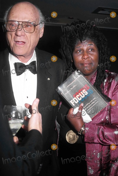 Arthur Miller Photo - National Book Award Ceremony NY Marriott Marquis 11-14-2001 Arthur Miller and Wanda Coleman Photo by Mitchell Levy-rangefinders-Globe Photos Arthurmillerretro