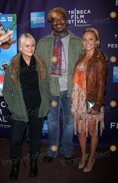 """David Alan Grier, Hayden Panettiere, AMY POHLER Photo - Amy Pohler, David Alan Grier and Hayden Panettiere Arrives For the Tribeca Film Festival Premiere of """"Hoodwinked Too"""" at the Chelsea Clearview Cinemas in New York on April 23, 2011. Photo by Sharon Neetles/Globe Photos, Inc."""