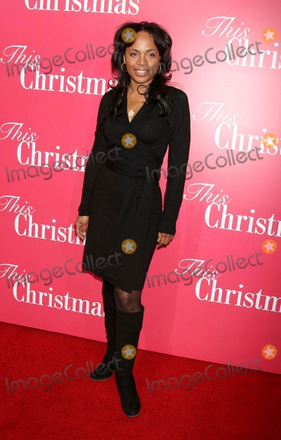 "Gina Ravera Photo - ""This Christmas"" World Premiere the Cinerama Dome, Hollywood, CA 11-12-2007 Gina Ravera Photo: Clinton H. Wallace-photomundo-Globe Photos Inc"