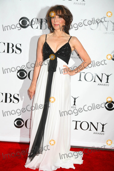Andrea Martin Photo - Tony Awards at Radio City Music Hall New York City 06-15-2008 Photo by Sonia Moskowitz-Globe Photos, Inc. Andrea Martin