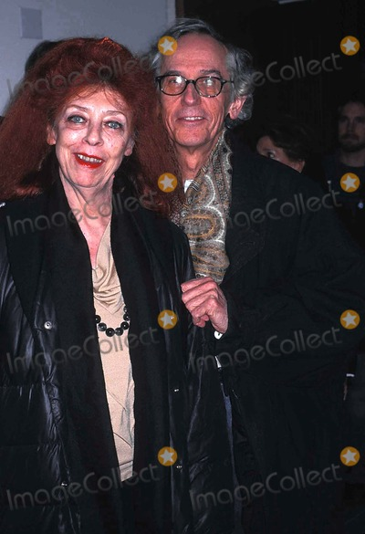 Christo Photo - the Week Magazine Hoss a Special Screening of the Fog of War at the Asia Society, New York City 12/09/2003 Photo by Rose Hartman/Globe Photos Inc Christo and Wife