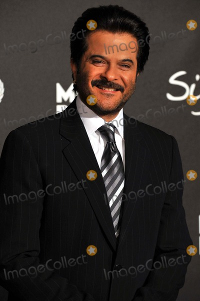 "Anil Kapoor Photo - Anil Kapoor Arrives During the ""Montblanc Signature For Good"" Charity Gala at Paramount Studios in Los Angeles, USA, on February 20th, 2009. Photo by Alec Michael-Globe Photos, Inc. 2009"