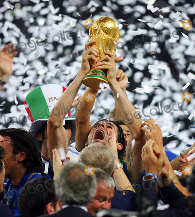 Andrea Pirlo Photo - Andrea Pirlo Lifts Wortd Cup . Italy V France Andrea Pirlo Lifts Wortd Cup Italy V France Olympic Stadium, Berlin Germany 07-09-2006 K48556 Photo by Allstar-Globe Photos