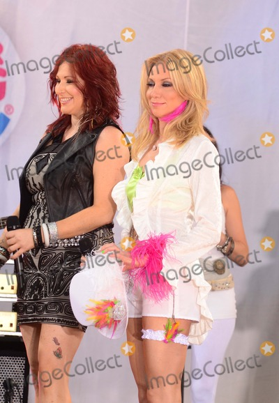 """Tiffany, Debbie Gibson, Tiffany Renee Darwish Photo - Debbie Gibson and Tiffany Aka Tiffany Renee Darwish the Premiere of """"Rise of the Planet of the Apes"""" at the Chinese Theater in Hollywood,ca on July 28,2011. Graham Whitby Boot-allstar - Globe Photos, Inc."""