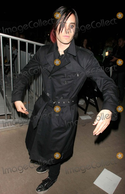 Jared Leto, Marc Jacobs Photo - Jared Leto K49707jbb Olympus Fashion Week 2007 - Marc Jacobs Spring 07 Show (Celebs). the Armory in Manhattan, New York City. 09-11-2006 Photo by John Barrett-Globe Photos,inc.