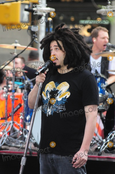 Adam Duritz, Counting Crowes, Counting Crows Photo - Counting Crows Rockefeller Center NY. 9-2-2014 Photo by - Ken Babolcsay Ipol/Globe Photos Adam Duritz