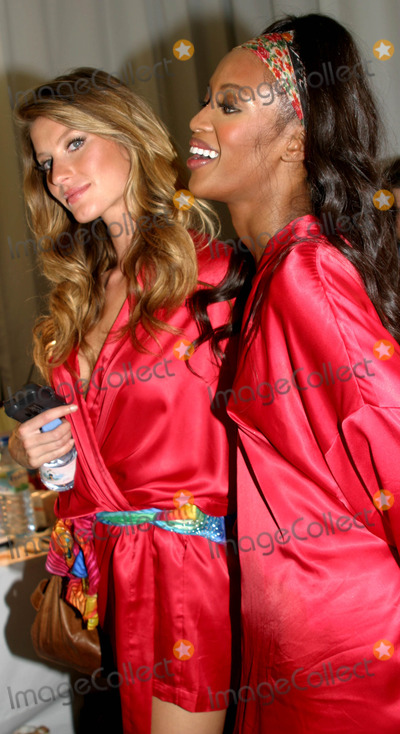 Naomi Campbell Victorias Secret 2006 Photos and Pictures - ...