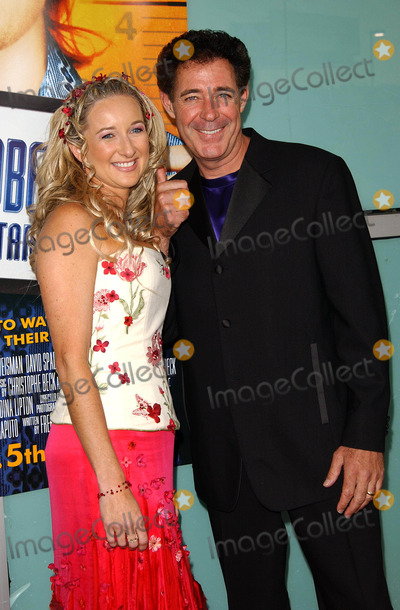 Barry Williams, Chris Farley Photo - World Premiere of Dickie Roberts: Former Child Star, Benefiting the Chris Farley Foundation, at the Cinerama Dome, Hollywood, CA. 09/3/2003 Photo by Fitzroy Barrett/ Globe Photos Inc.2003 Barry Williams and Wife Eila