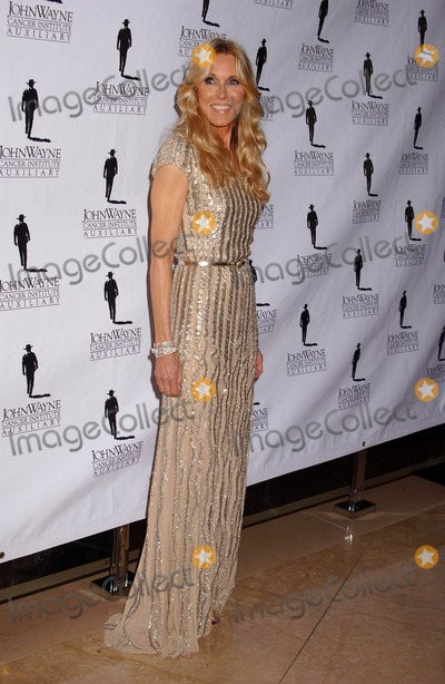 Alana Stewart, John Wayne Photo - Alana Stewart the 26th Annual Odyessy Ball Benefiting the John Wayne Cancer Institute Beverly Hilton, Beverly Hills, CA 04-09-2011 photo: Phil Roach-ipol--globe Photos Inc 2011