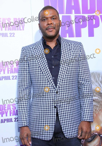 tyler perry the pursuit of happiness Quincy daylon young was the son of the main protagonist and anti-heroine candace young and her ex-boyfriend quincy maxwell on the drama, tyler perry's the haves and the have nots he is the nephew of benny young and quita maxwell and the grandson of hanna young quincy jr or q was born as the.