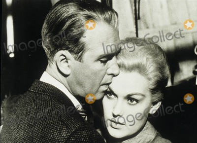 Jimmy Stewart, Kim Novak Photo - Jimmy Stewart with Kim Novak Vertigo ( the Abc Sunday Night Movie ) Supplied by Globe Photos, Inc.