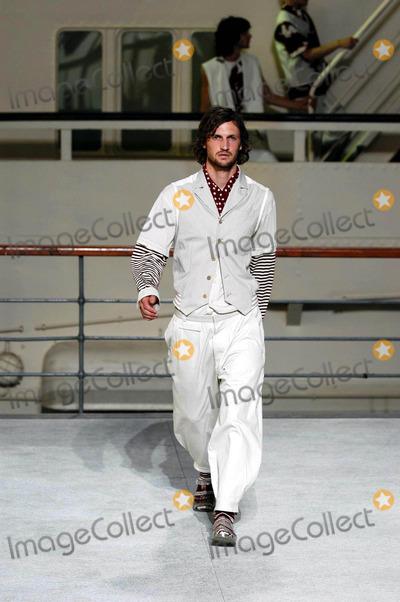 Antonio Marras, The Springs Photo - Livio Valerio/lapresse/Globe Photos Inc Milan 06/23/2003 Fashion For Man the Spring and Summer Collection 2004 Fashion Show by Antonio Marras