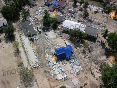 Photo - Station DE Kamala a Phuket Le 12-27-2004 Photo by O.medias-helicam-asia-Globe Photos K40968 Tsunami Damagethailand