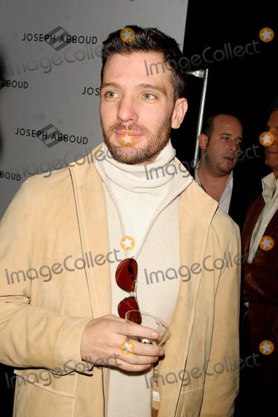 JC Chasez, JOSEPH ABBOUD Photo - Olympus Fashion Week Fall 2005 Joseph Abboud Collection (Celebs). Bryant Park, New York City. 02-04-2005 Photo: John Barrett-Globe Photos Inc 2005 Jc Chasez