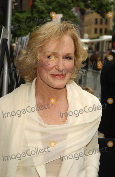 "Glenn Close Photo - ""Evening"" Premiere. Clearview Chelsea West , New York City 06-11-2007 Photo by Ken Babolcsay-ipol-Globe Photos, Inc. 2007 Glenn Close"