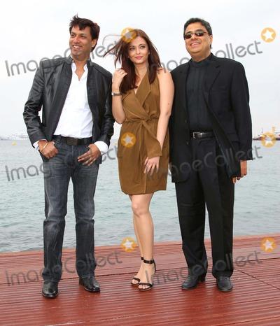 Aishwarya, Aishwarya Rai, Aishwarya Ray Photo - Madhur Bandarkar, Aishwarya Rai & Ronnie Screwvala Director, Actress & Utv Group ceoaishwarya Rai Photocall -  64th Cannes Film Festival in Cannes, France May 13, 2011photo by David gadd-allstar-globe Photos, Inc.