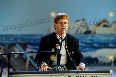 Elton John Photo - Elton John at the German Favorite Tv Show 5-3-1992 Photo by Dpa-ipol-Globe Photos, Inc.