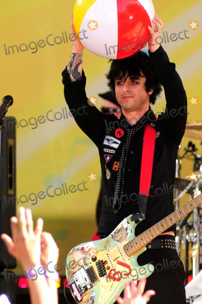 Billie Joe Armstrong, Green Day, Billy Joe, Joe Corré Photo - Green Day Performs on Abc's Good Morning America Concert Series Central Park, New York City 05-22-2009 Photo by Ken Babolcsay-ipol-Globe Photos Billie Joe Armstrong