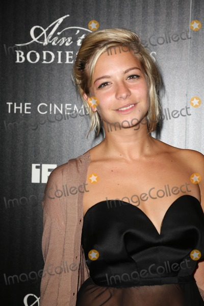 """Annabelle Dexter Jones, Annabelle Dexter-Jones, Calvin Klein Photo - Downtown Calvin Klein with the Cinema Society Host a Screening of Ifc Films' """"ain't Them Bodies Saints"""" the Museum of Modern Art, NYC August 13, 2013 Photos by Sonia Moskowitz, Globe Photos Inc 2013 Annabelle Dexter-jones"""