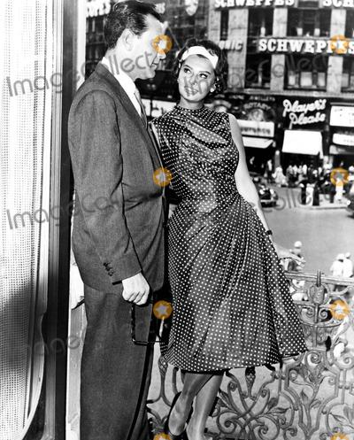 Sophia Loren, William Holden Photo - William Holden and Sophia Loren 1958 Smp/Globe Photos, Inc. Sophialorenretro
