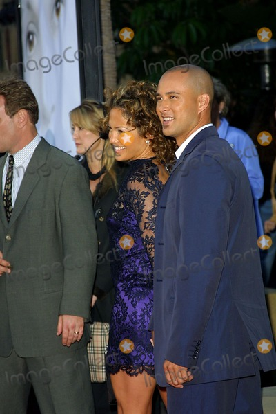 "Jennifer Lopez, Angel Eyes, JENNIFER LOPEZ,, Chris Judd Photo - ""Angel Eyes"" Premiere at the Egyptian Theatre in LA. Jennifer Lopez & Chris Judd Photo by Fitzroy Barrett / Globe Photos Inc. 5-15-2001 K21822fb (D)"