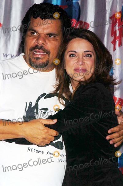 """Luis Guzman, Alanna Ubach Photo - Stars From the Movie """"Waiting"""" Donate Memorabilia and Imprint Their Hands For Display at Planet Hollywood Times Square New York City 10-06-2005 Photo by John Krondes-Globe Photos 2005 Luis Guzman and Alanna Ubach"""