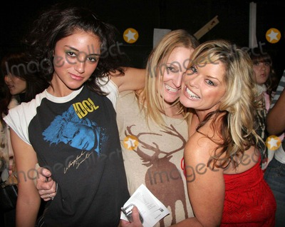 Ashley Paige, Caroline D'Amore Photo - Ashley Paige Spring 2006 Collection - Backstage Mercedes-benz Spring 2006 LA Fashion Week Smashbox Studios, Culver City, CA 10-18-2005 Photo: Clinton.h.wallace-photomundo-Globe Photos Inc Ashley Paige, Caroline D'amore and Christie Martin