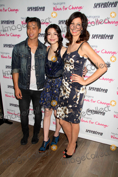 Miranda Cosgrove, Ann Shoket, Jared Eng, Mondrian Hotel Photo - Miranda cosgrove,ann shoket,jared Eng at Seventeen magazine's five''pretty Amazing'' Real Girl Finalists Luncheon at Mondrian Hotel S0ho 6-25-11 photo by John barrett/globe Photos, inc.2011