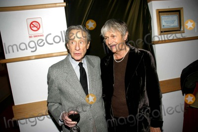 Arthur Penn, Estelle, Estelle Parsons Photo - the New York Academy of Motion Picture Arts and Science Salutes Dede Allen 11-07-2006 Photo: Barry Talesnick / Ipol / Globe Photos Inc 2006 Arthur Penn and Estelle Parsons