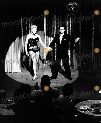 Kim Novak, Frank Sinatra Photo - Kim Novak and Frank Sinatra 1957 Supplied by Smp/Globe Photos, Inc. Kimnovakretro