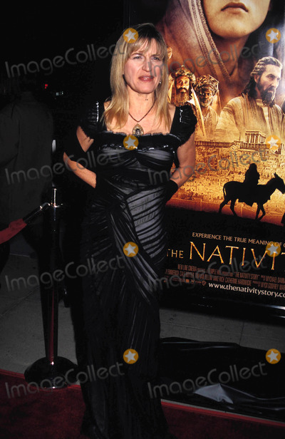 Catherine Hardwicke Photo - the Nativity Premiere Academy Theater, Beverly Hills, CA. 11-28-2006 Photo by Phil Roach-ipol-Globe Photos, Inc. 2006 Catherine Hardwicke
