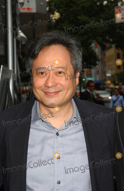 "Ang Lee Photo - ""Evening"" Premiere. Clearview Chelsea West , New York City 06-11-2007 Photo by Ken Babolcsay-ipol-Globe Photos, Inc. 2007 Ang Lee"