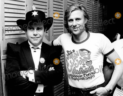 Elton John, Bjorn Borg Photo - Elton John with Bjorn Borg in New York 12-21-1981 Photo by Pressens Bild-ipol-Globe Photos, Inc.