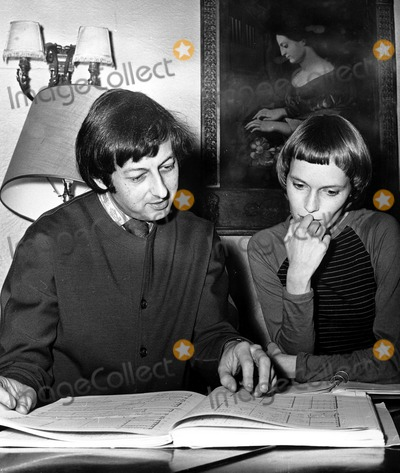 Andre Previn, Mia Farrow Photo - Mia Farrow_andre Previn. Globe Photos,inc.
