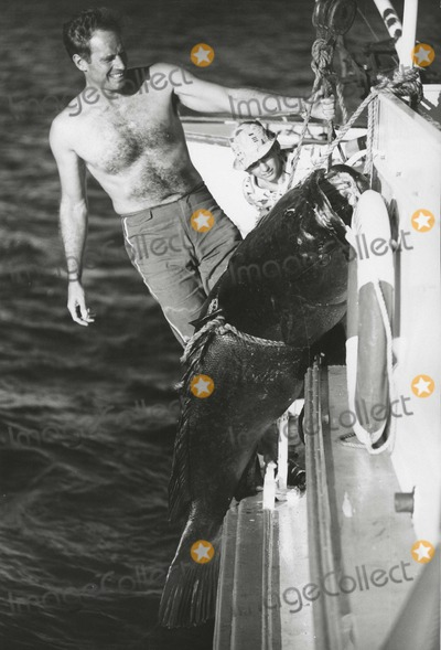 Charlton Heston Photo - Charlton Heston South Pacific Vacation Photo: Lydia Heston/Globe Photos Inc